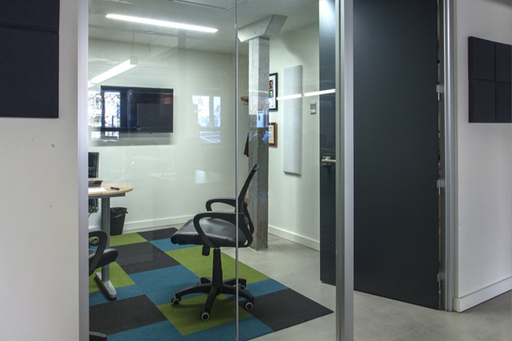 Tandemlaunch-office-10